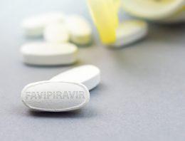 Favipiravir terápia